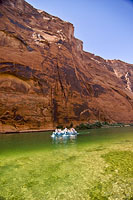 Colorado River rafting 8.jpg (176662 bytes)